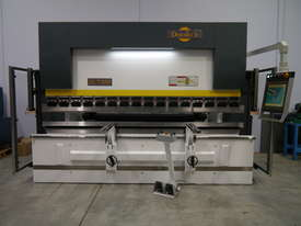DERATECH PRESS BRAKE -- SOLD - picture4' - Click to enlarge