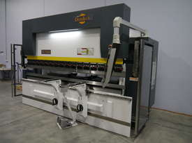 DERATECH PRESS BRAKE -- SOLD - picture2' - Click to enlarge