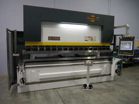 DERATECH PRESS BRAKE -- SOLD - picture3' - Click to enlarge
