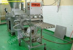 Complete 400mm frying line (electric fryer) with former