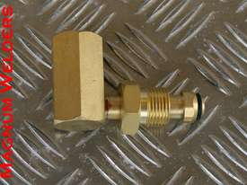 Argon Regulator Adapter $40 - picture0' - Click to enlarge