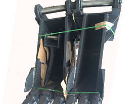 20-30Ton 600 mm Dig Bucket PANTHER - picture4' - Click to enlarge