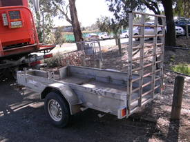 8x4 with ramp - picture0' - Click to enlarge