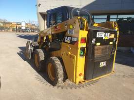 USED 2015 CAT 226D SKID STEER WITH LOW 700 HOURS - picture8' - Click to enlarge