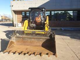 USED 2015 CAT 226D SKID STEER WITH LOW 700 HOURS - picture16' - Click to enlarge