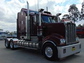 Kenworth T909 Primemover Truck - picture5' - Click to enlarge