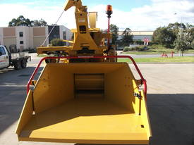 2018 Rayco RC1824 Diesel Wood Chipper - picture16' - Click to enlarge