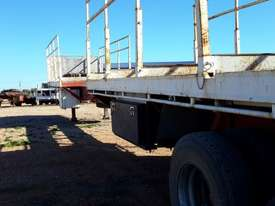 Fruehauf Semi Flat top Trailer - picture1' - Click to enlarge