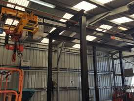 Millsom 2T Over Head Gantry Hoist - picture0' - Click to enlarge