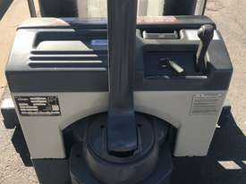 Crown walkie stacker - Fully refurbished  - picture3' - Click to enlarge