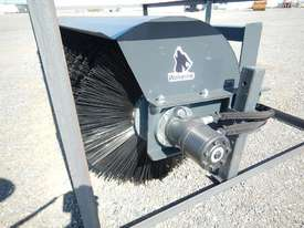 Unused 1800mm Hydraulic Angle Broom to suit Skidsteer Loader - 10419-28 - picture2' - Click to enlarge