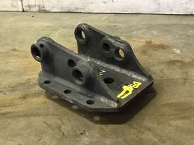 DUAL SIZE HEAD BRACKET TO SUIT 0-2T EXCAVATOR D974 - picture3' - Click to enlarge
