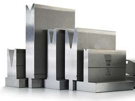 60mm Die Block - Pressbrake Tooling 60mm Square x 835mm Long, 10/16/22/35  60� - picture1' - Click to enlarge