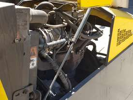 Combilift C4000 Multi directional side loader 4tonne - picture4' - Click to enlarge