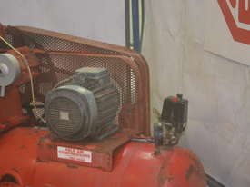 Heavy duty compressor - picture4' - Click to enlarge