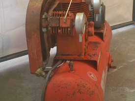 Heavy duty compressor - picture5' - Click to enlarge