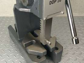 Arbor Press 1 Ton OPTIMUM Germany Precision Design Bearing Riveting Staking - picture7' - Click to enlarge