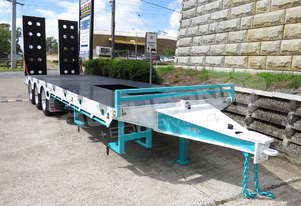 ELITE Tri Axle Custom Tag Trailer Kobelco Blue ATTTAG