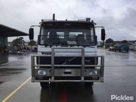 1991 Volvo FL6 - picture2' - Click to enlarge