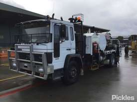 1991 Volvo FL6 - picture3' - Click to enlarge