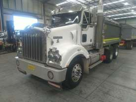 Kenworth T404SAR - picture1' - Click to enlarge