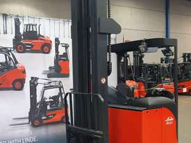 Used Forklift:  R20S Genuine Preowned Linde 2t - picture0' - Click to enlarge
