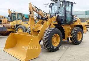 CATERPILLAR 910M Wheel Loaders integrated Toolcarriers