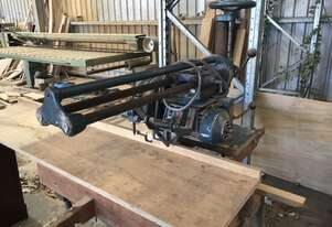Radial arm saw good old solid machine