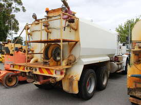 Kenworth 1981 Water Cart - picture2' - Click to enlarge