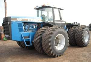 Ford Versatile 946 4WD Cab Tractor