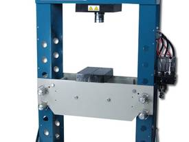 Air Over Hydraulic 100Ton Workshop Press -  - picture0' - Click to enlarge