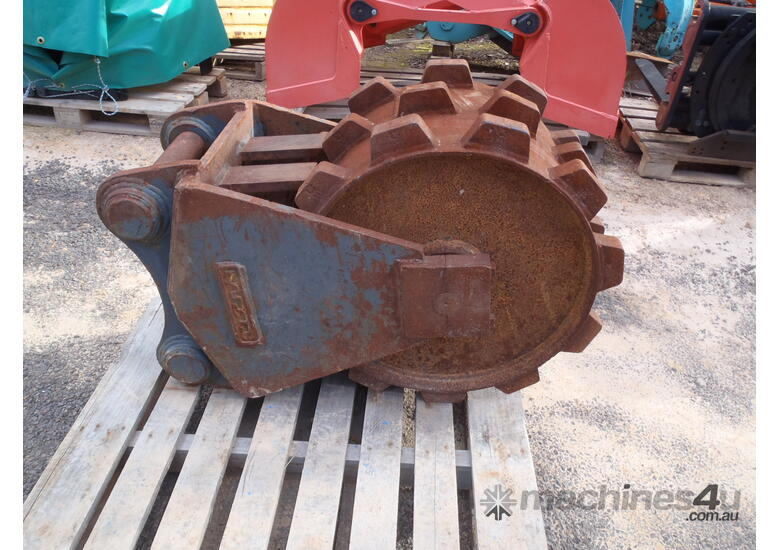 Compaction Plates Wheels for Hire