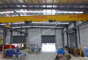 Dual hoist single bridge overhead crane