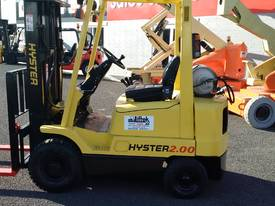 TOYOTA HYSTER COMPACT CONTAINER ACCESS MAST  - picture0' - Click to enlarge