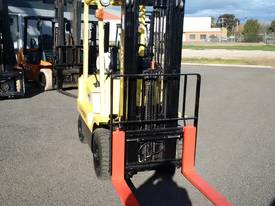 TOYOTA HYSTER COMPACT CONTAINER ACCESS MAST  - picture2' - Click to enlarge