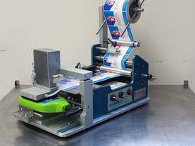Compact@Pad labelling machine