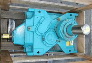 9.737:1  right angle gearbox 95mm output shaft