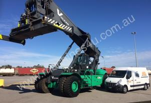 2011 Low Hours Ex-Lease Linde MK5 Reach Stacker