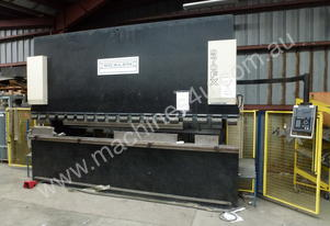 Just In - Aust Made 4100mm x 125Ton CNC