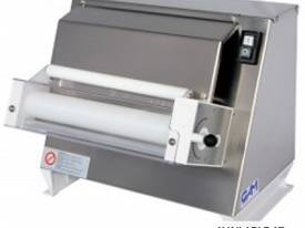 GAM R40M Single Pass 400mm Dough Roller - picture0' - Click to enlarge