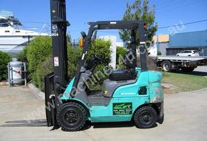 MITSUBISHI 1.8t Petrol forklift with LOW hours