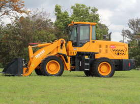 2017 NEW Wheel Loader  SM125 9.2 tons /  FREE Bucket 4 in 1 & Forklift Tynes & 3 Years Warranty - picture7' - Click to enlarge