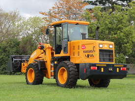 2017 NEW Wheel Loader  SM125 9.2 tons /  FREE Bucket 4 in 1 & Forklift Tynes & 3 Years Warranty - picture11' - Click to enlarge