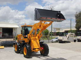 2017 NEW Wheel Loader  SM125 9.2 tons /  FREE Bucket 4 in 1 & Forklift Tynes & 3 Years Warranty - picture3' - Click to enlarge