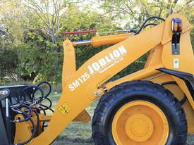 2018 JOBLION WHEEL LOADER SM125 FREE GP BUCKET+BUCKET4 IN 1+FORKLIFT - picture8' - Click to enlarge