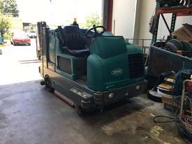 Ride on sweeper/ scrubber  - picture0' - Click to enlarge