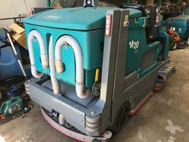 Ride on sweeper/ scrubber  - picture2' - Click to enlarge