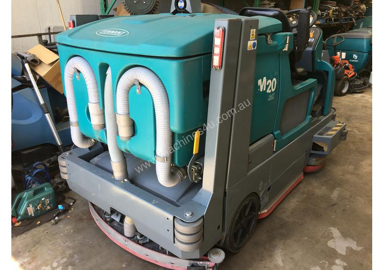 Ride on sweeper/ scrubber