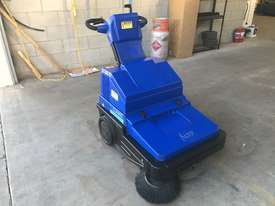 Clarke / Nilfisk Alto Battery powered walk behind sweeper - picture11' - Click to enlarge
