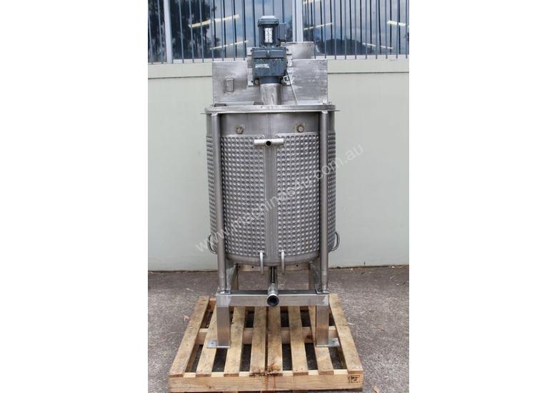 Dimple Jacketed Mixing Tank